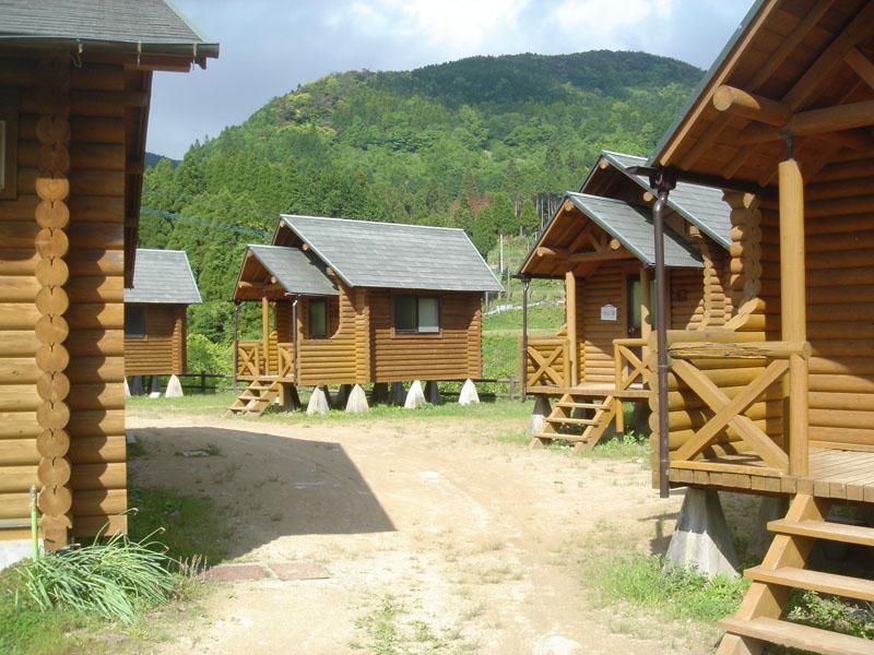 吉野山キャンプ場 バンガロー