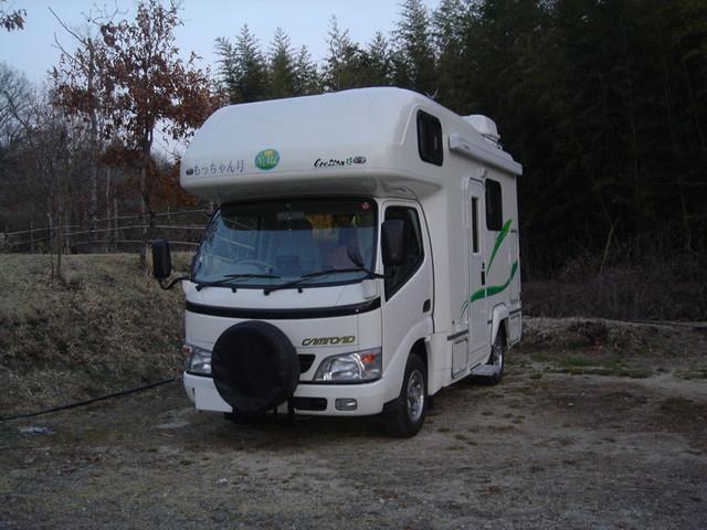山鳥の森オートキャンプ場 キャンピングカー