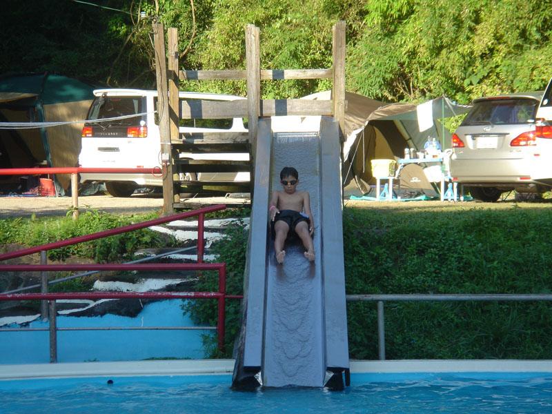 阿蘇ファンタジーの森 プール 滑り台 ダイキ