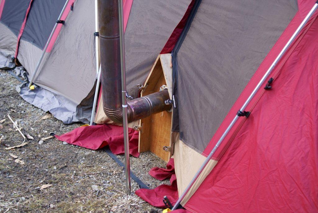 山鳥の森オートキャンプ場 薪ストーブ 煙突
