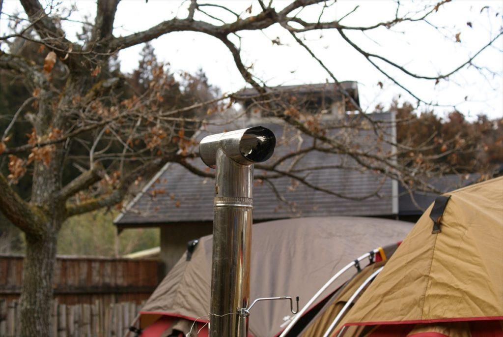 山鳥の森オートキャンプ場 リビングシェル 薪ストーブ 煙突