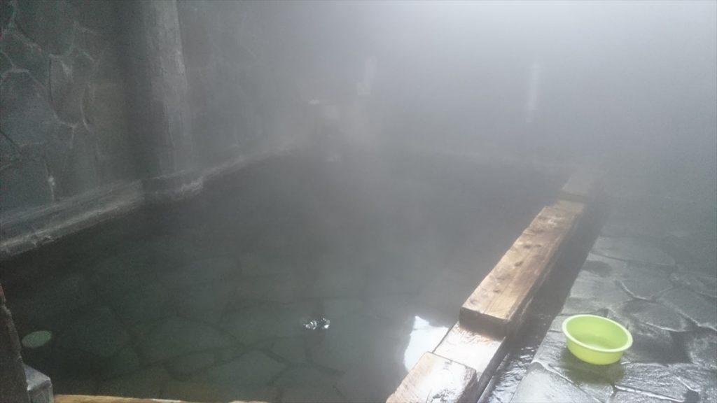 三日月の滝公園キャンプ場 温泉
