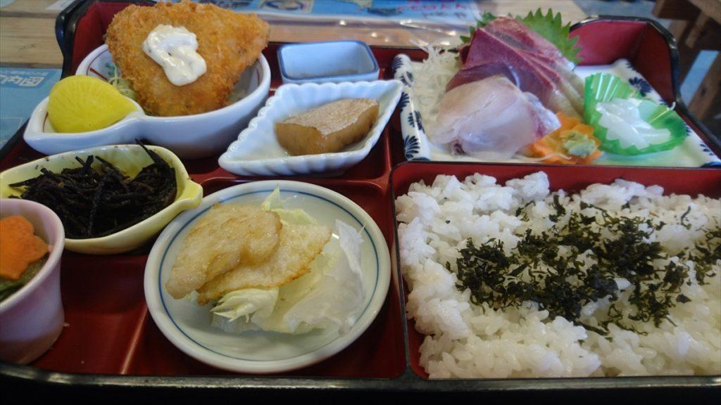元乃隅稲成神社 食堂