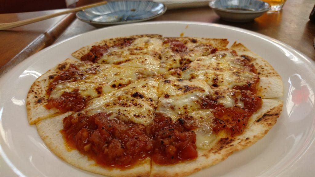麺菜酒家あすからーめん トルティーヤピザ