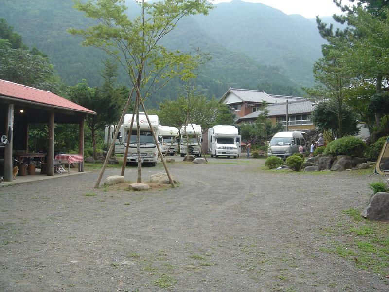 黒木民宿キャンプ場 キャンピングカー