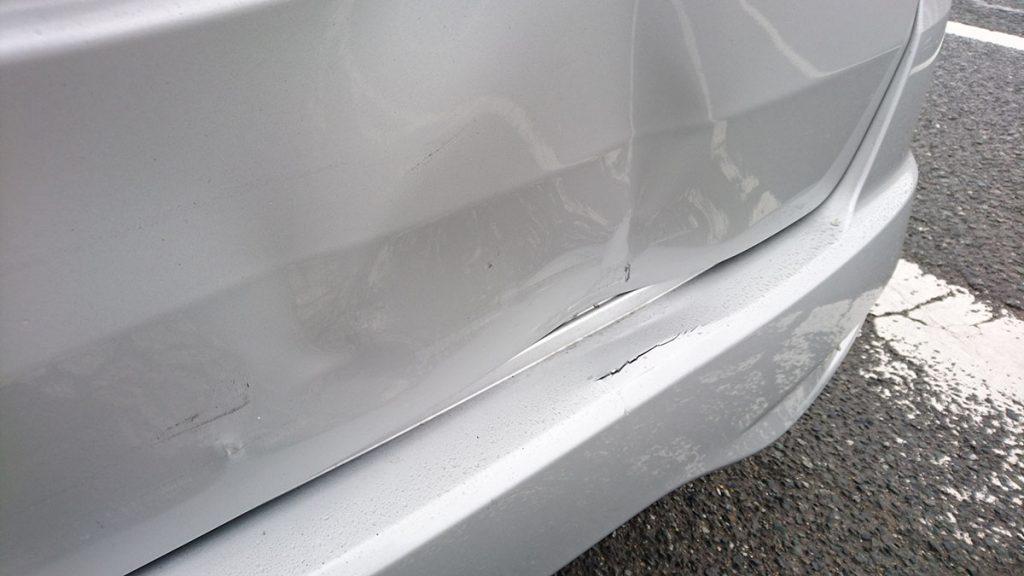 セレナ交通事故