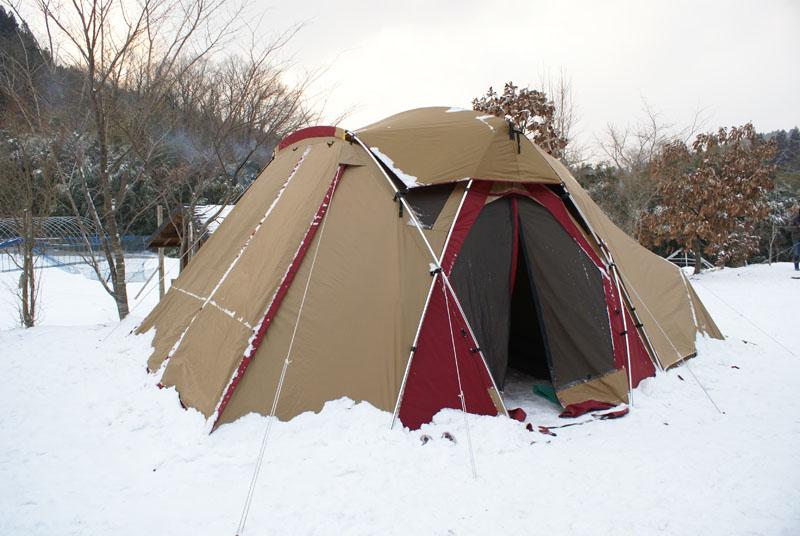 リビングシェル雪中キャンプ