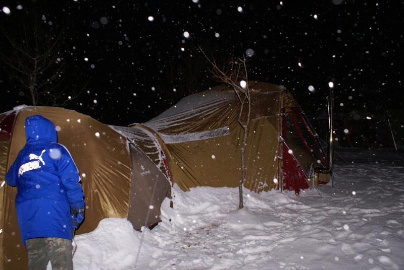 リビングシェル アメニティードーム LBトンネル 雪中キャンプ