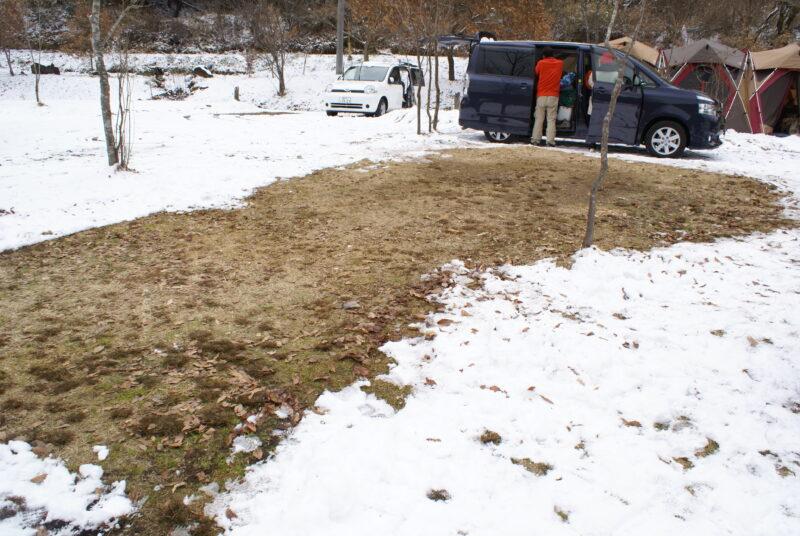 山鳥の森オートキャンプ場 雪中キャンプ