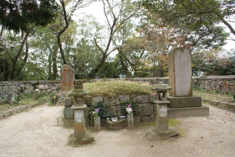 高橋紹運公墓