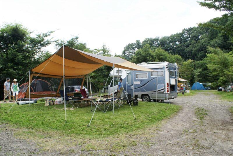 山鳥の森オートキャンプ場 レクタL キャンピングカー