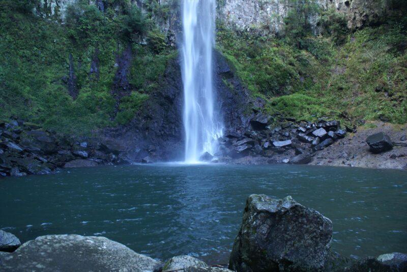 東椎屋の滝 滝つぼ