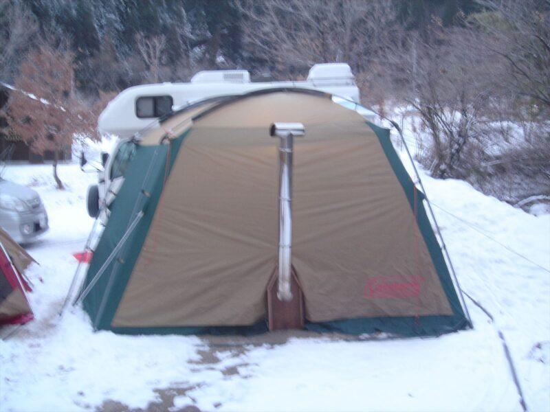 山鳥の森オートキャンプ場 雪中キャンプ 薪ストーブ