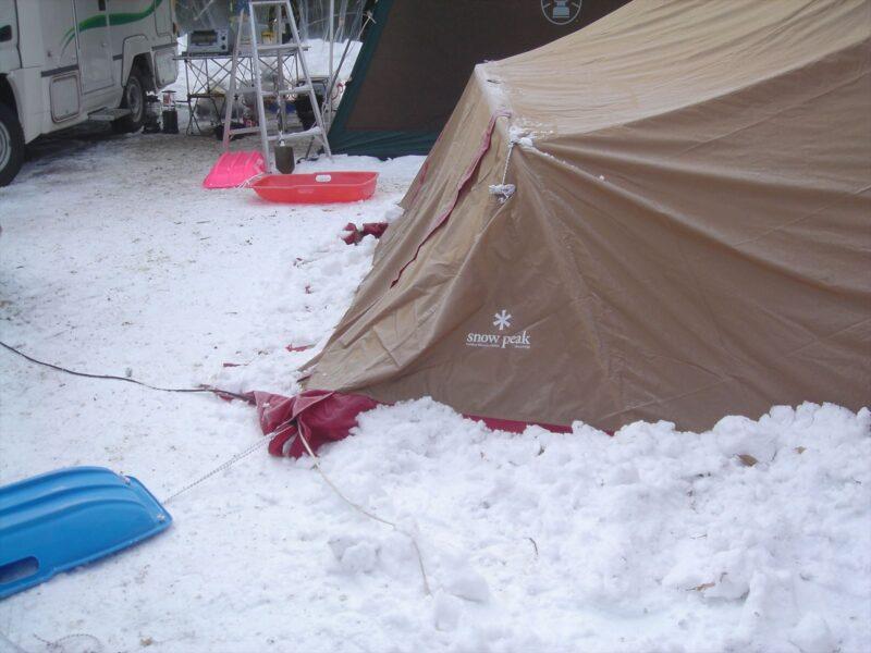 山鳥の森オートキャンプ場 雪中キャンプ リビングシェル
