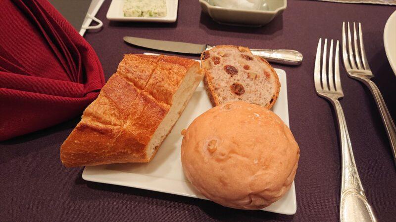 カステリアンルーム パン