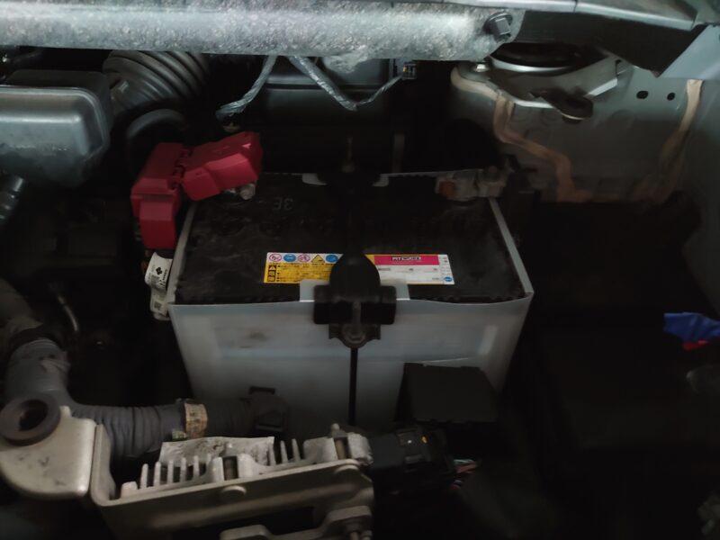 TC26セレナ旧バッテリー